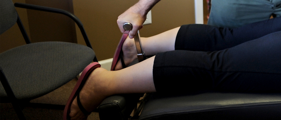 chiropractic for sciatica and shooting leg pain
